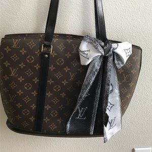 Authentic Louis Vuitton Babylone